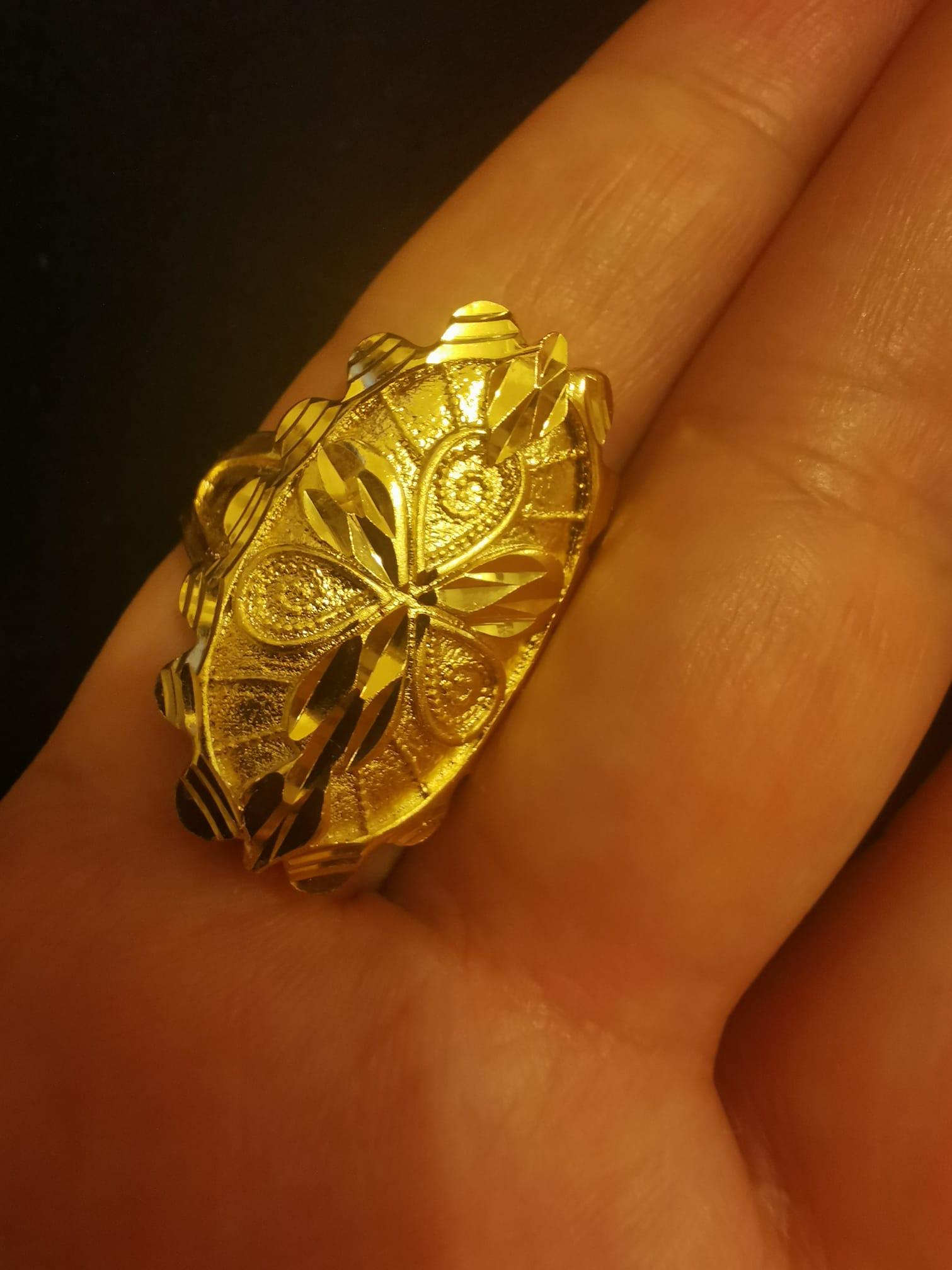 Дамски пръстен от стомана става на всяка дама,защото пръстена е с регулация.