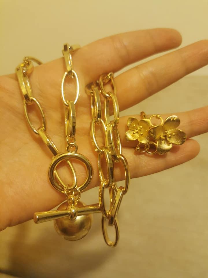 Колие  и пръстен от стомана с регулация.Уникална имитация на истинско злато.