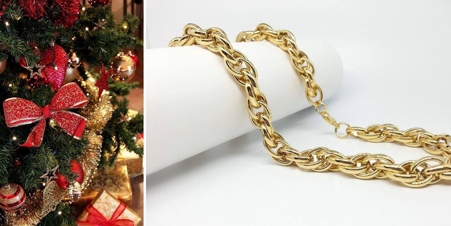 Комплект бижута-ланец и гривна от стомана .Може да се носи от мъже и от жени