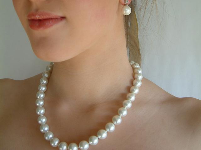 Огърлица,гривна и обеци от естествени перли