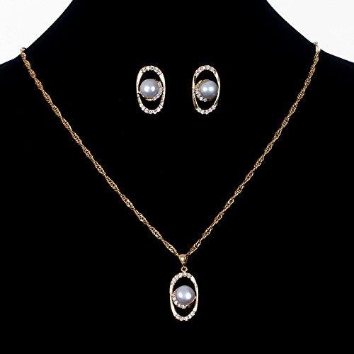 Комплект колие и обеци от естествени перли-бижута с перли