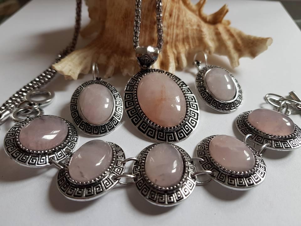 Бижута РОЗОВ КВАРЦ комплект от естествени камъни