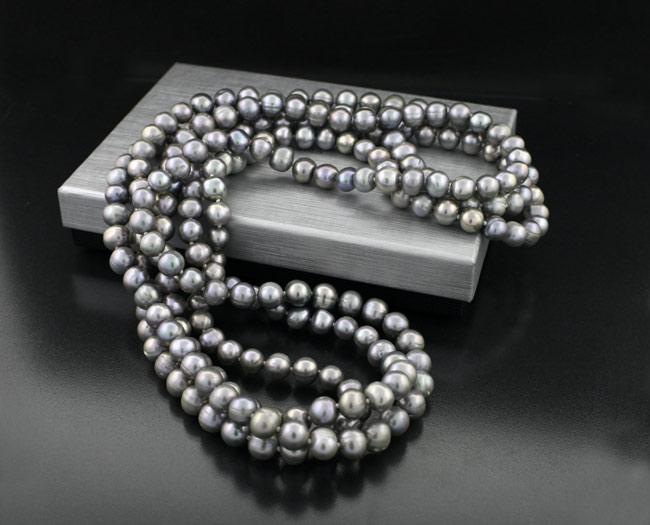 Огърлица от култивирани перли