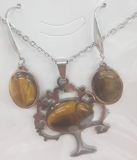 Комплект от естествени камъни  за здраве любов и пари тигрово око