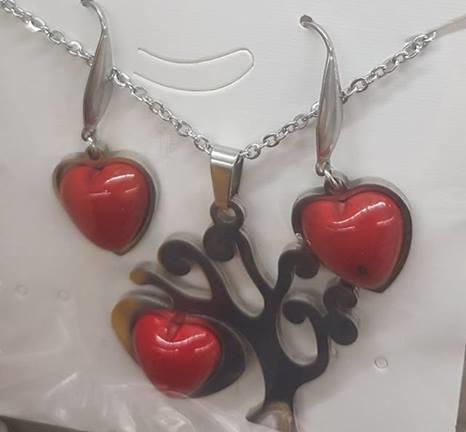 Комплект от естествени камъни  за здраве любов и пари  корал