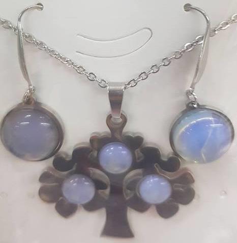 Комплект от естествени камъни  за здраве любов и пари  лунен камък