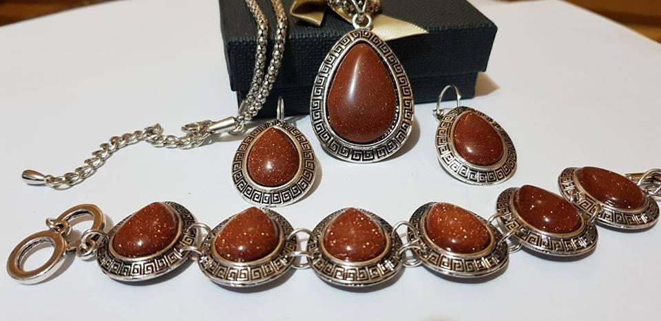 Комплект от естествени камъни за здраве любов авантюрин