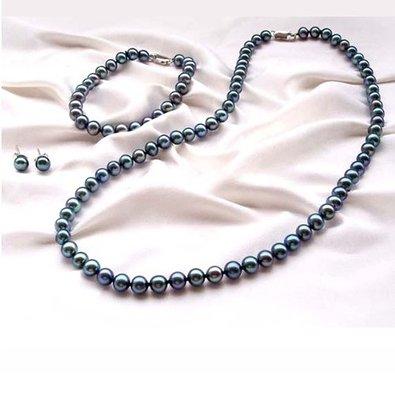 Бижута от естествени перли.Колие,обеци и гривна от о-в Майорка