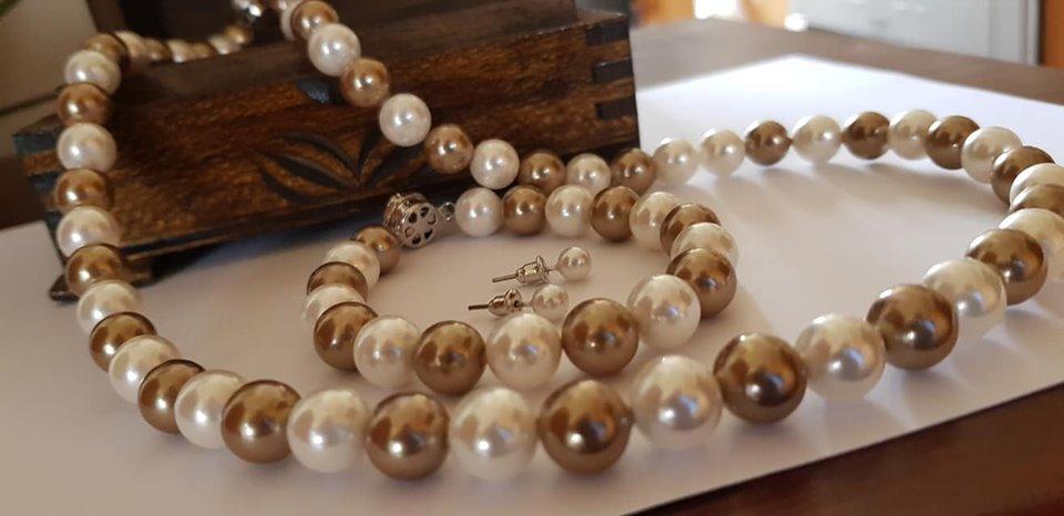 Бижута от естествени перли със гаранция уникати.Бижута за жени