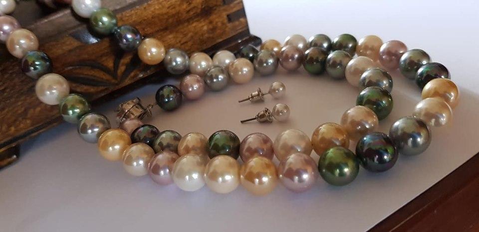 Комплект бижута от естествени перли със гаранция уникати.Бижута за жени