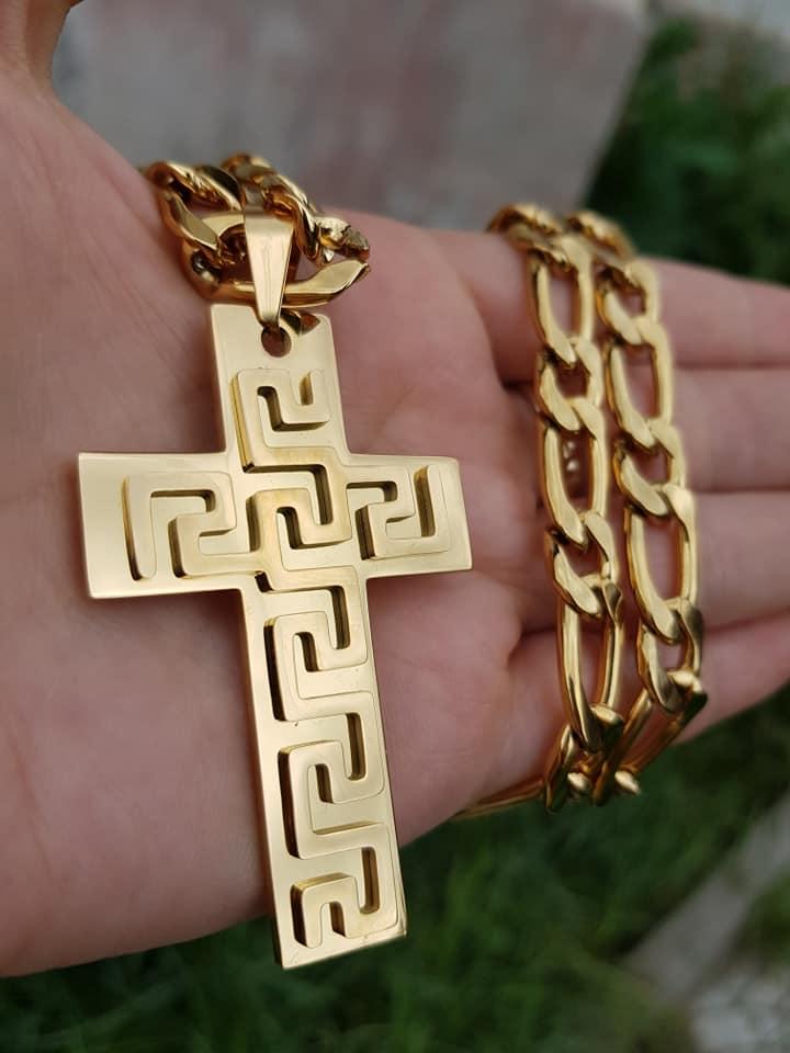 Ланец и кръст от стомана