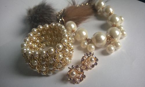 Огърлица, гривна и обеци от естествени морски перли от о-в Майорка