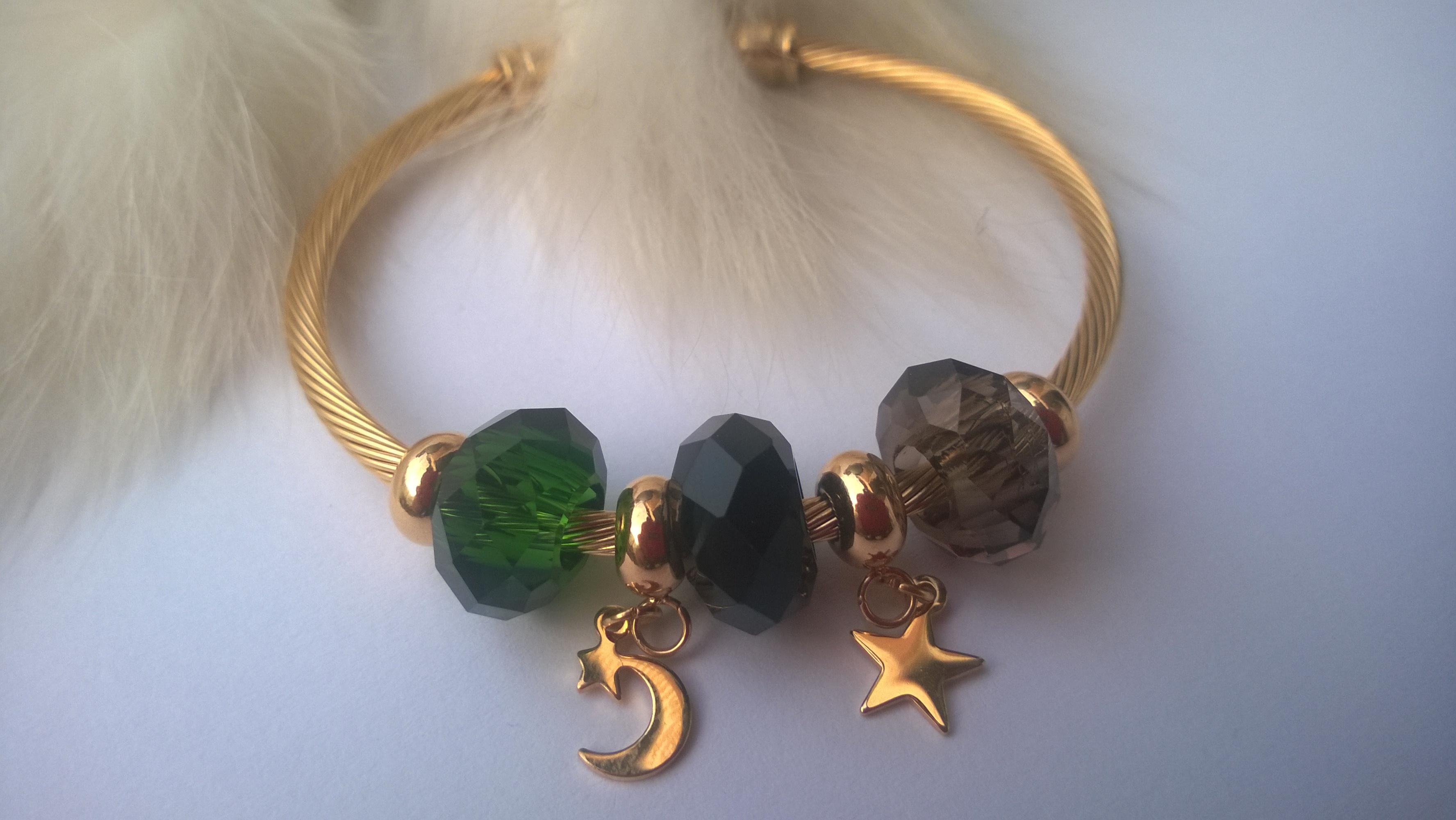 Дамска луксозна гривна от кристали и стомана