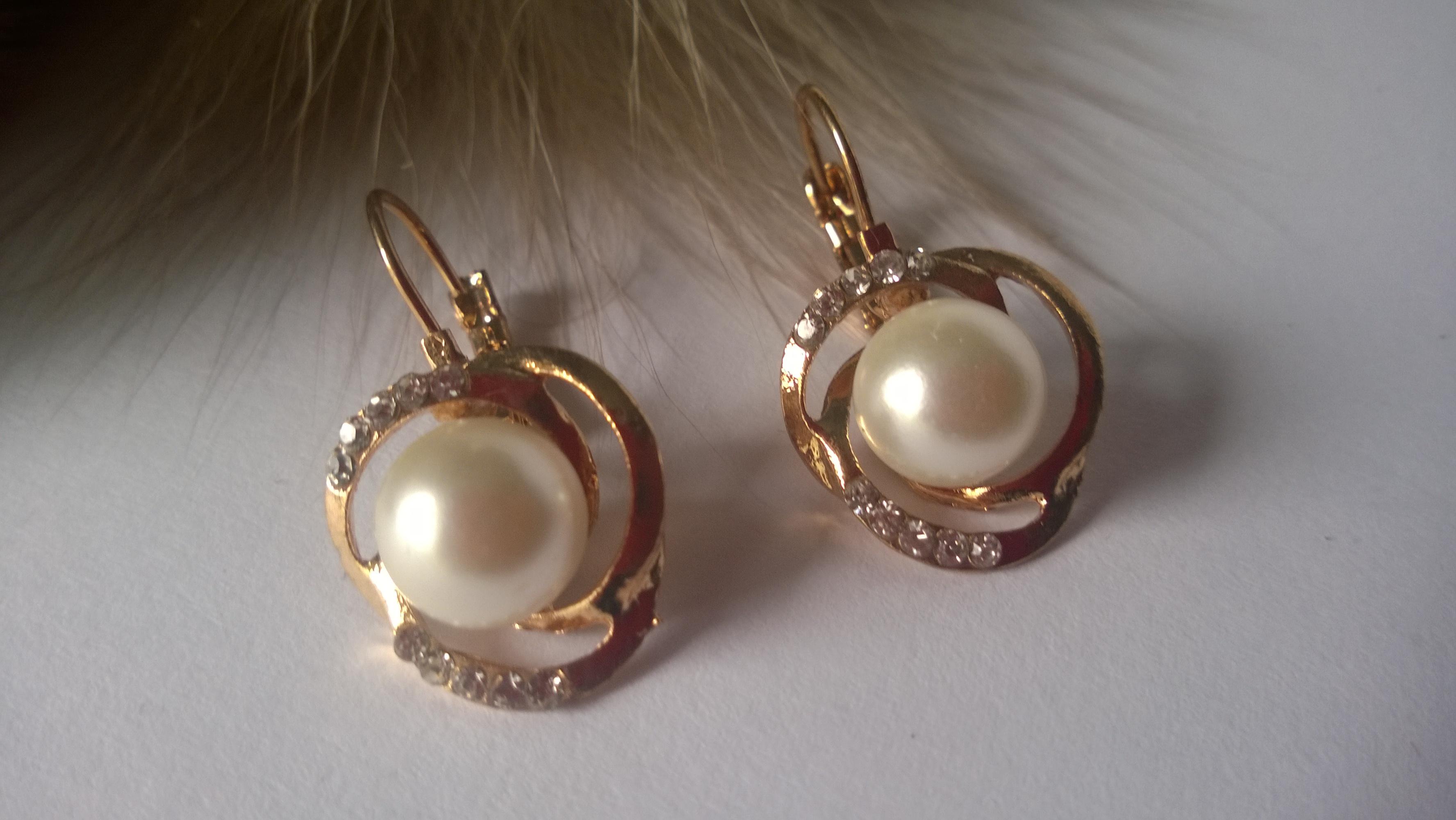 Дамски обеци от естествени перли от о-в Майорка