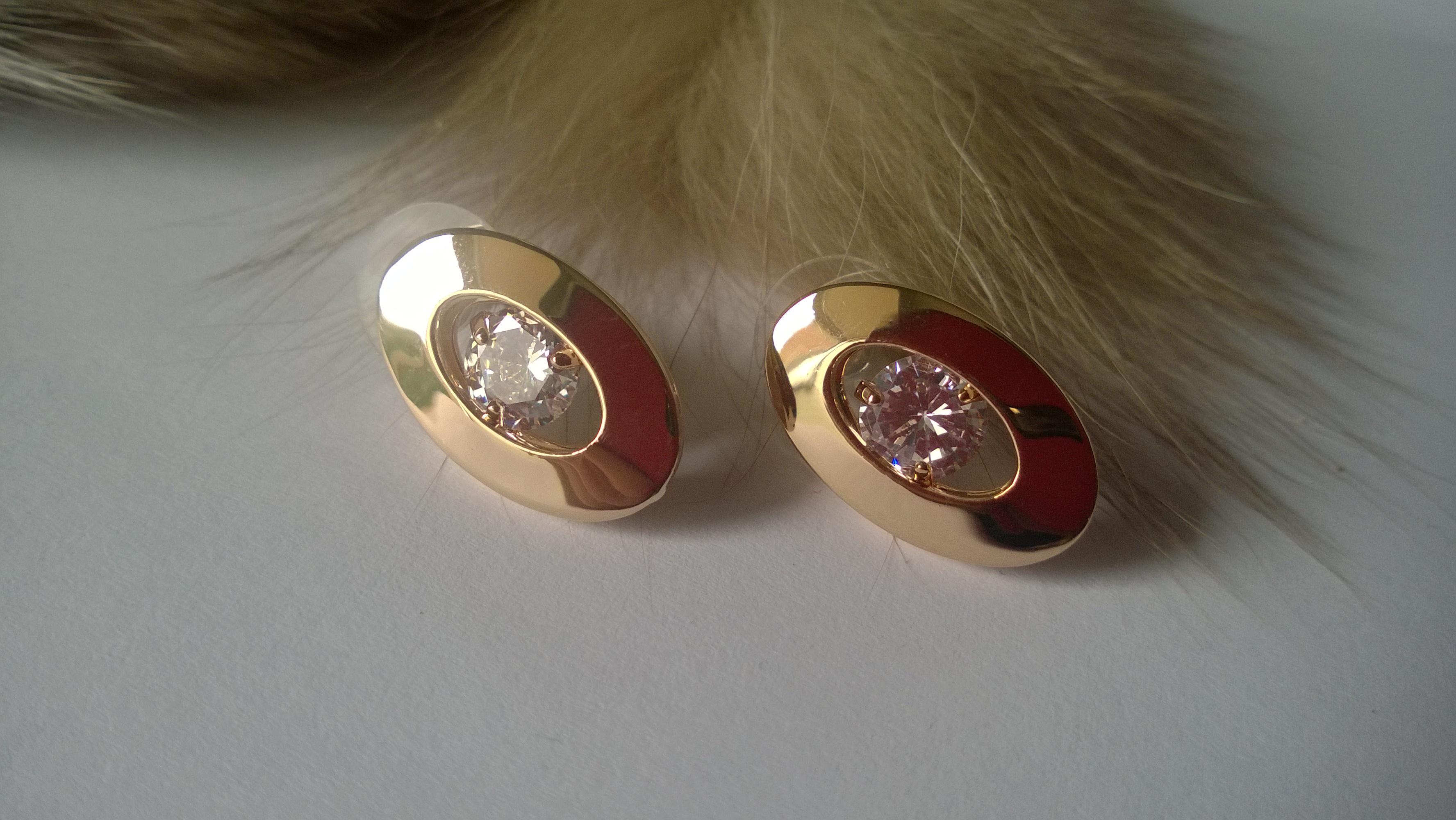 Обеци от стомана и тип диамант кристал