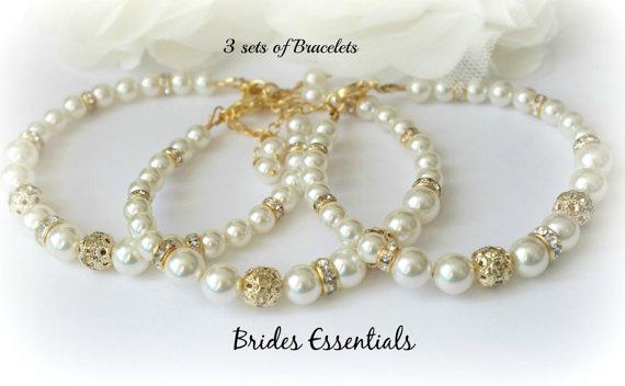 Гривна от естествени перли