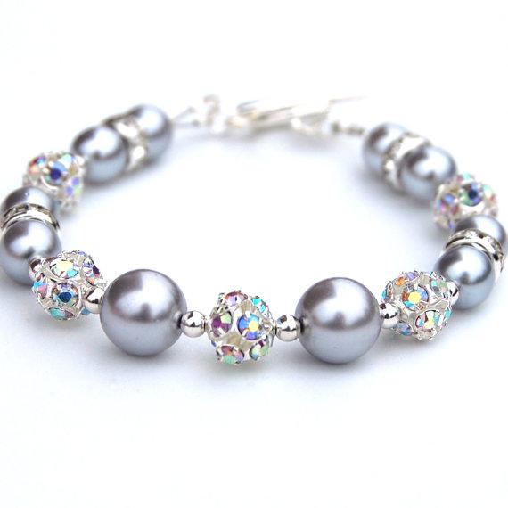 Гривна от естествени перли-сиви перли