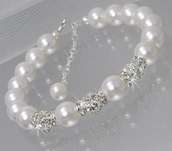 Гривна от естествени перли-красиво бижу за всяка жена
