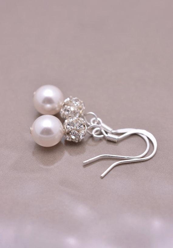 Обеци от естествени перли.Обеци за дами със стил.