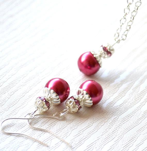 Бижута с перли.Перли.Бижута от естествени перли,колие,обеци и гривна