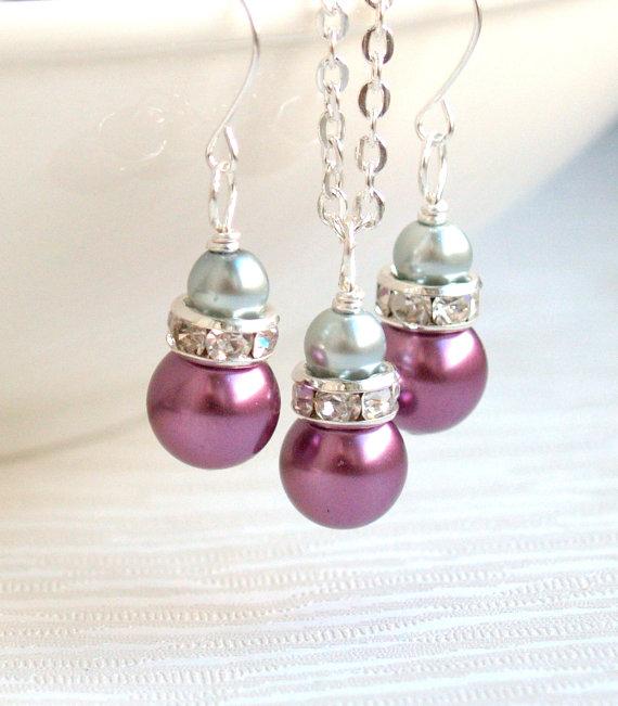 Перли.Бижута от естествени перли,колие,обеци и гривна