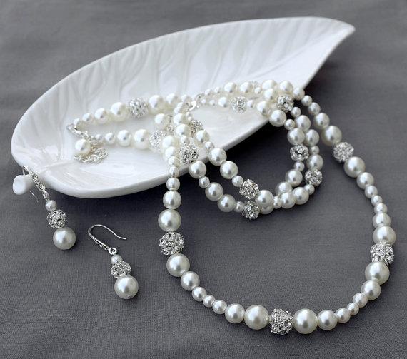 Огърлица,обеци и гривна от естествени перли