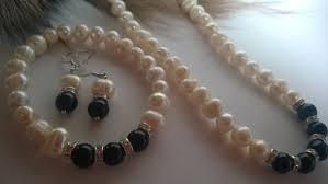 Комплекти бижута с естествени перли