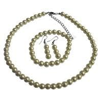 Комплект бижута,колие,обеци и гривна от естествени перли