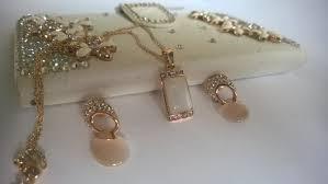 Колие и обеци от стомана и Сваровски елементи